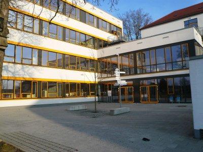 Neubau und Sanierung von vier Schulen in Oberfranken